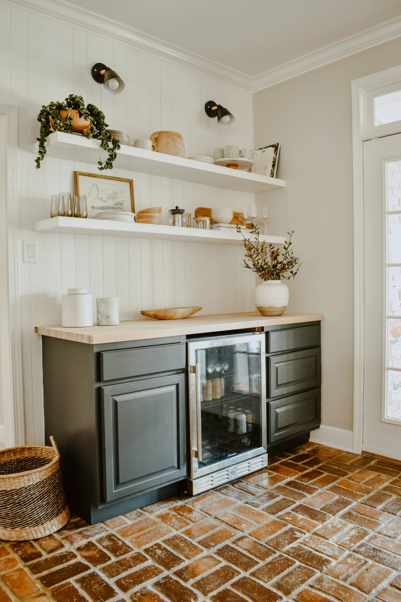 How To Build A Diy Dry Bar House On Longwood Lane